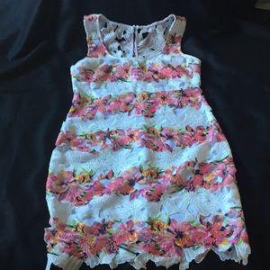 Bisou Bisou Floral Lace  dress Sz 10 Sleeveless